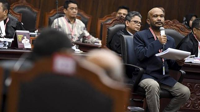 Idham Amiruddin, saksi yang dihadirkan Tim Hukum Prabowo - Sandiaga dalam sidang sengketa hasil Pilpres 2019, mengakui telah membongkar data daftar pemilih tetap alias DPT memakai piranti lunak alias software khusus. [Antara]
