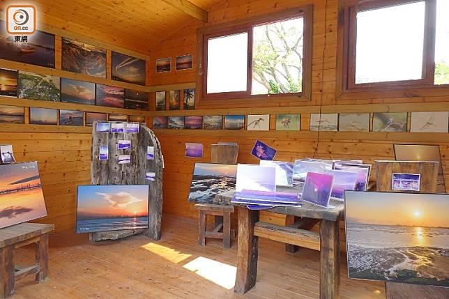 小木屋內設有不同展覽,增進大眾的保育概念。(胡振文攝)