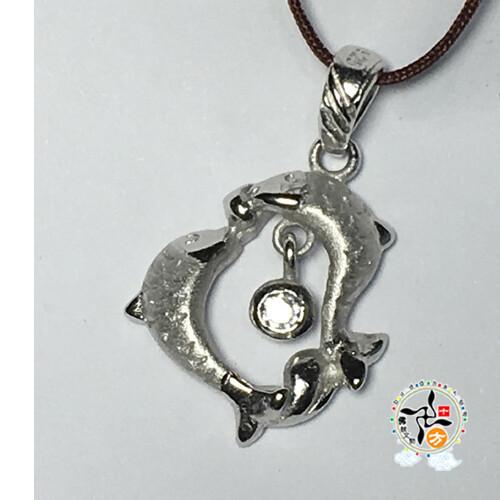 雙魚座925銀墜飾 規格: 約 長 1.5 * 寬 1.3 公分 材質: 925銀墜飾