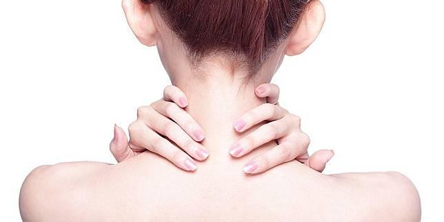 Sakit Punggung Bagian Atas? 9 Penyakit Ini Bisa Menyebabkannya