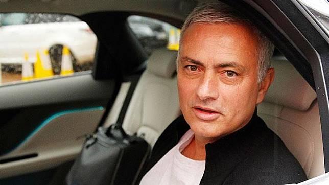 Biaya Mourinho 895 Hari di Hotel Saat Latih Manchester United