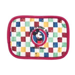 和樂自有品牌產品 獨家設計款式,經典 Disney 迪士尼 米奇(MICKEY)、 米妮(MINNIE) 圖樣 一物兩用,可做鍋墊及隔熱手套使用 針刺棉布材質,隔熱效果佳 保護您安全不燙手,重覆使用更