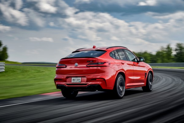 P90353534_highRes_the-all-new-bmw-x4-m.jpg