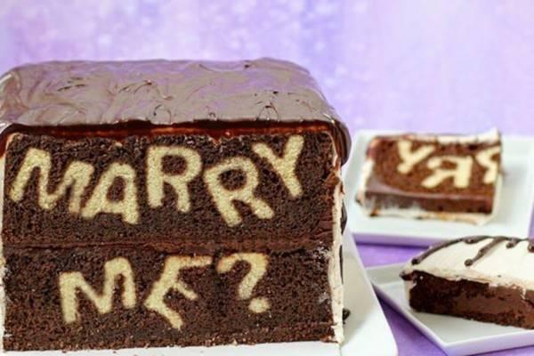 12 Makanan Unik yang Bisa Membantumu Melamar Pasangan, So Sweet Abis!