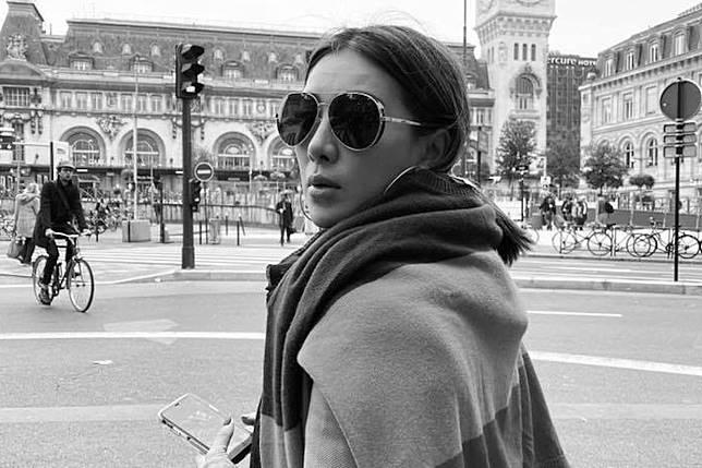 ▲小禎正在巴黎工作。(圖/翻攝臉書)