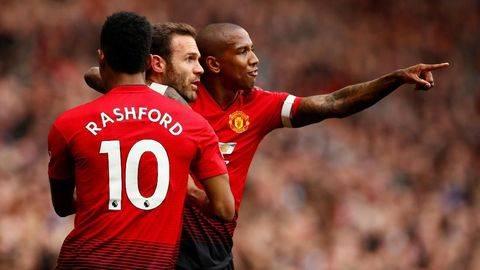 Semua Orang Cari Kesempatan Kritik Manchester United