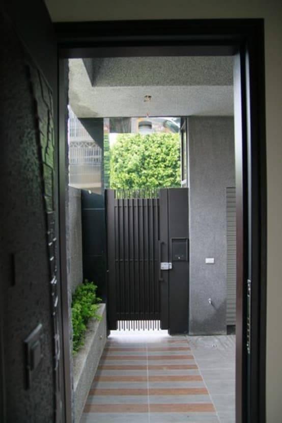 別墅小前院的綠意