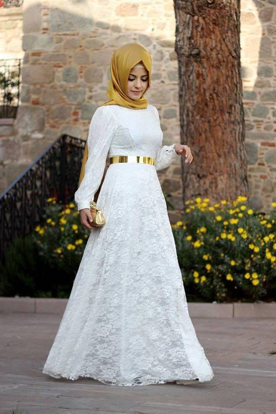 10 Baju Muslim Serba Putih Untuk Lebaran Dan Tips Padu Padan Warna Hijabnya Womantalk Com Line Today