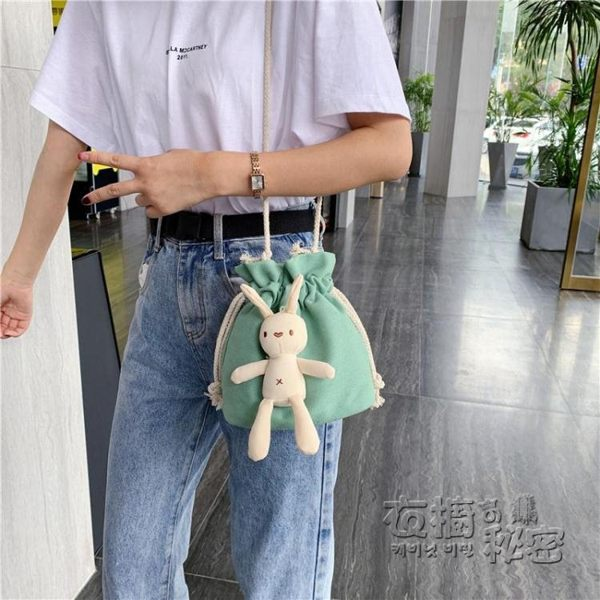 包包女包新款韓國流行單肩包ins風超火可愛水桶斜挎女帆布包