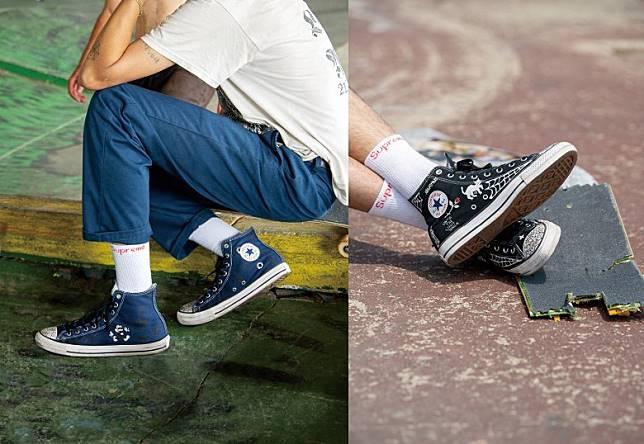 鞋款分別推出藍色及黑色,揀咩色都唔緊要,最緊要揀對Supreme白襪仔襯先有Feel。(互聯網)
