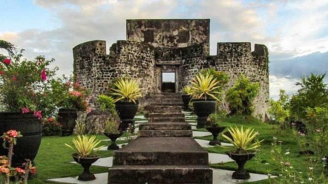 Wisata Ke Benteng Oranje