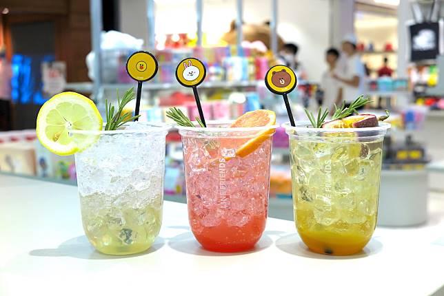 解渴之選的清涼特飲($38/杯)由左至右:Sally檸檬特飲、 Cony西柚特飲、Brown熱情果特飲