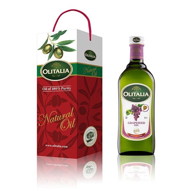 Olitalia奧利塔葡萄籽油1000ml二入組 來自義大利陽光最充足的地方西西里島 橄欖油是由少數油果(籽)不需高溫焙炒就可以壓榨製作的食用油。 在低溫的製作環境下,可以保留橄欖油中最豐富的營養成分