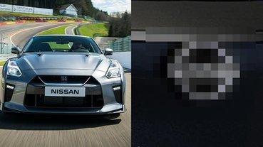 極簡路線?!日系車廠 Nissan 全新 Logo 商標曝光,2D 平面風格引發廣大車迷熱議!