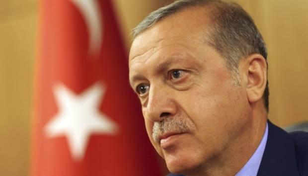 Presiden Turki Tayyip Erdogan menggelar jumpa pers terkait aksi kudeta militer di Istanbul, Turki 16 Juli 2016. REUTERS