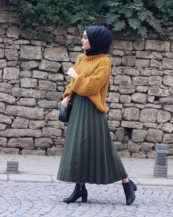 8 Model Rok Dan Celana Dengan Sweater Agar Ootd Hijab Santai Lebih Stylish Womantalk Com Line Today