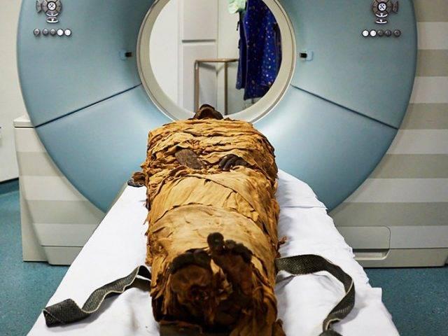 """Nesyamun, Pendeta Mesir yang Mati dan """"Bersuara"""" Kembali"""