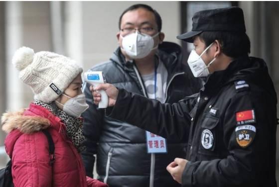 Dampak Virus Corona, sejumlah petugas melakukan pemeriksaan ketat di sejumlah wilayah di China(Hollywoodreporter.com)  Artikel ini telah tayang di Kompas.com dengan judul