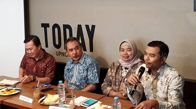 Diskusi bertajuk 'Mencermati Kabinet Jokowi Jilid II' di kawasan Raden Saleh, Jakarta Pusat, Selasa (22/10/2019). [Suara.com/Ria Rizki Nirmala Sari]