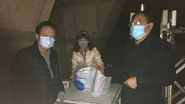 病童母表示,上次「千里送藥」的2支針劑已告鑿。(翻攝/姚人多 臉書)