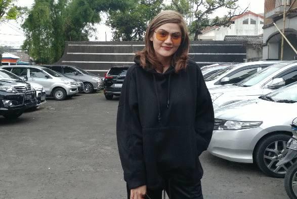 Menangis Ingat saat Di-bully, Hilda Vitria Khan Puas Kriss Hatta Dipenjara