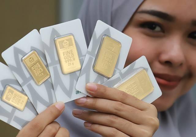 Harga Emas Dunia Stagnan, Emas Antam Tetap Rp 934.000 per Gram