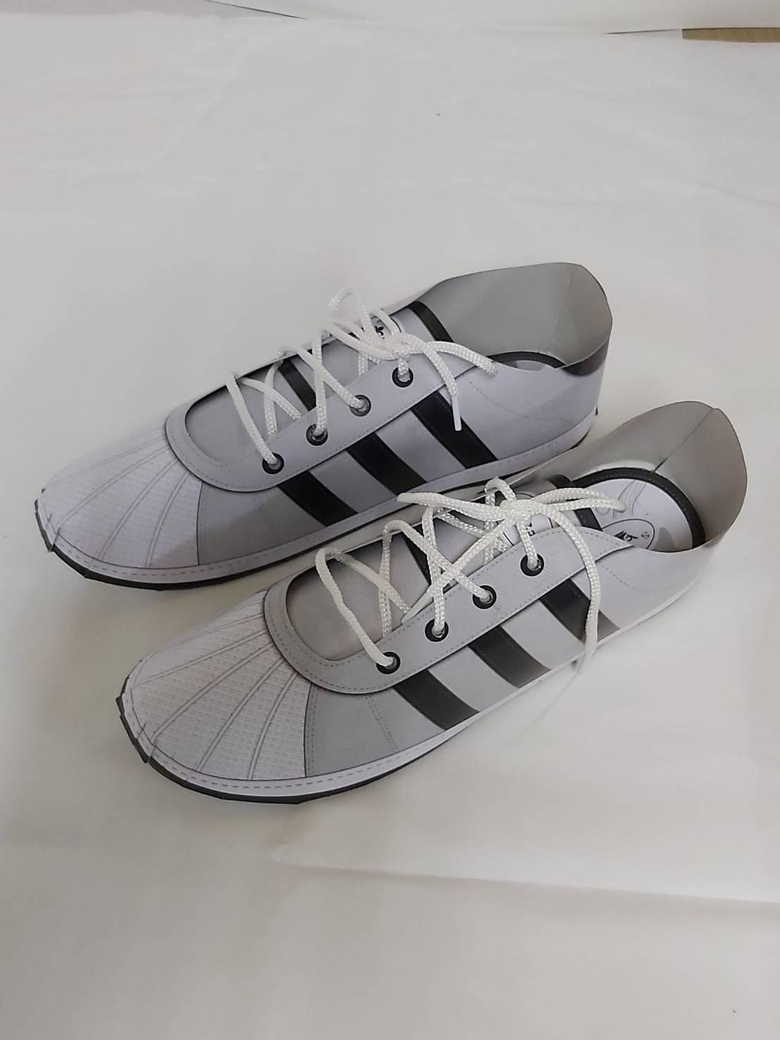 台製-運動鞋-黑色。收藏品與藝術品人氣店家紙紮怪傑的 鞋子有最棒的商品。快到日本NO.1的Rakuten樂天市場的安全環境中盡情網路購物,使用樂天信用卡選購優惠更划算!