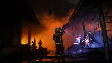 20 Rumah di Tebet Jadi Hangus Terbakar, Kerugian Capai Rp 1 M