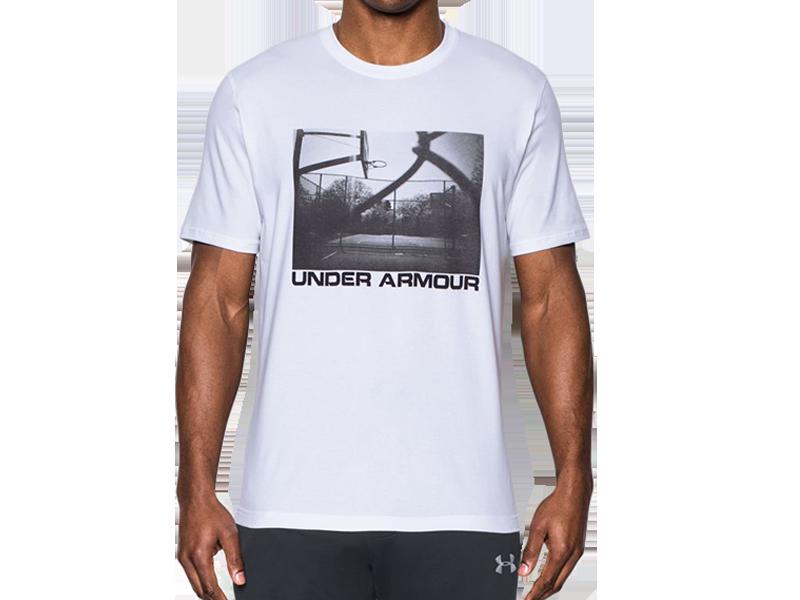 《UA出清69折》Shoestw【1290585-100】UNDER ARMOUR UA服飾 短袖 T恤 運動上衣 能量棉 白色 籃球場照片 男生