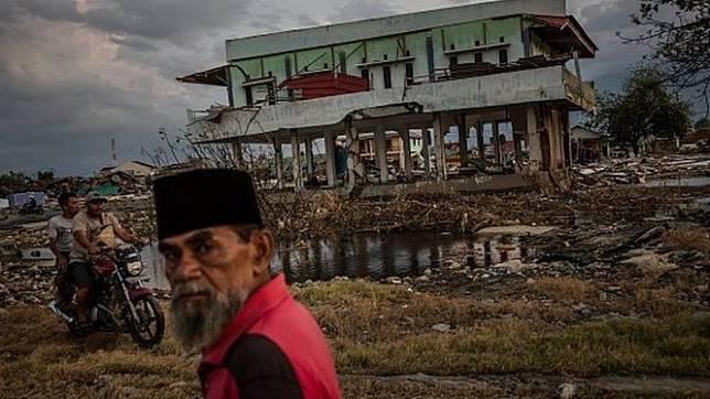 Puluhan ribu rumah rusak akibat gempa dan tsunami di Palu, Sulawesi Tengah - Ulet Ifansasti/ Getty Images