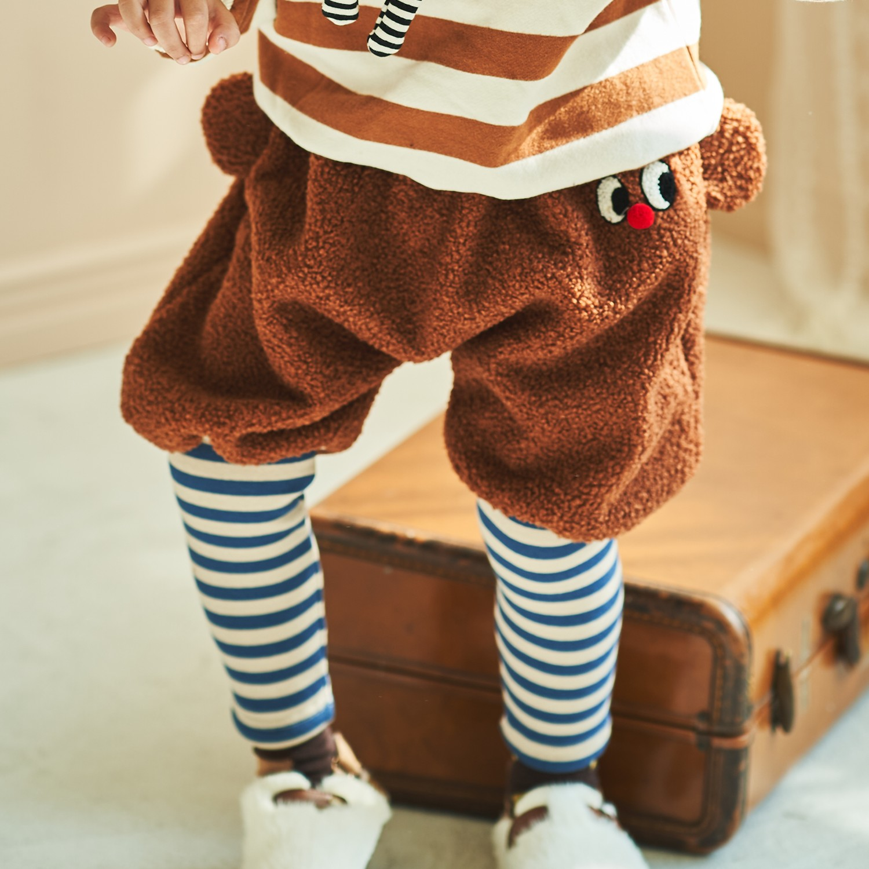 韓國製造,品質安心。Q萌韓國童裝品牌,設計版型好立體。圖案精緻有質感,男女寶都可穿;大受媽咪喜愛的 正韓動物森林系 Mimico 童裝 冬裝來囉~韓國製的設計精緻有質感~上衣、下著、外套,不管是可愛動
