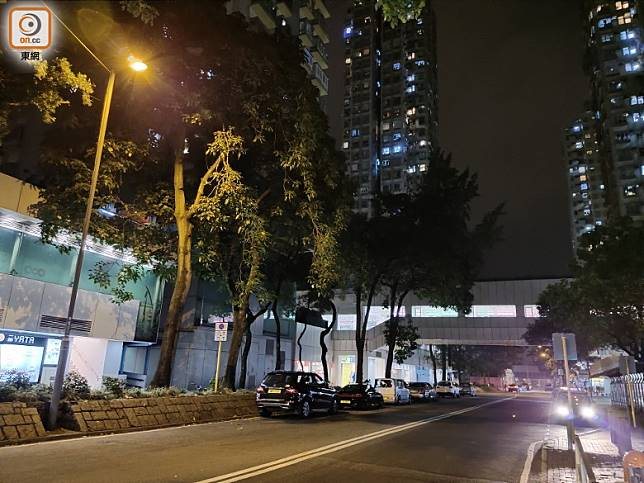 AI超級夜景可提升夜拍的亮度和清晰度,相片比其他品牌出色。(陳志滔攝)
