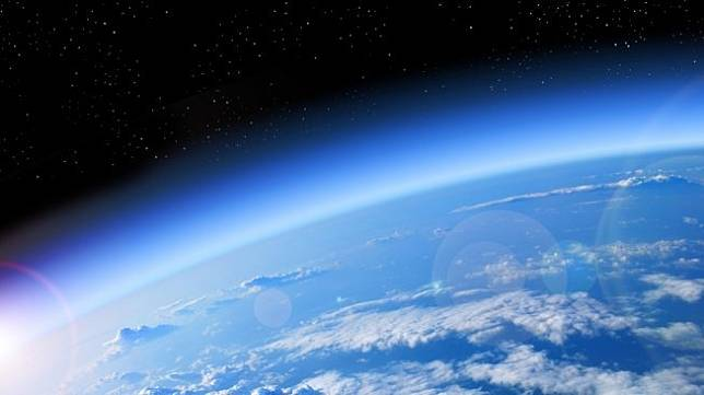 Ilustrasi lapisan ozon. [Shutterstock]
