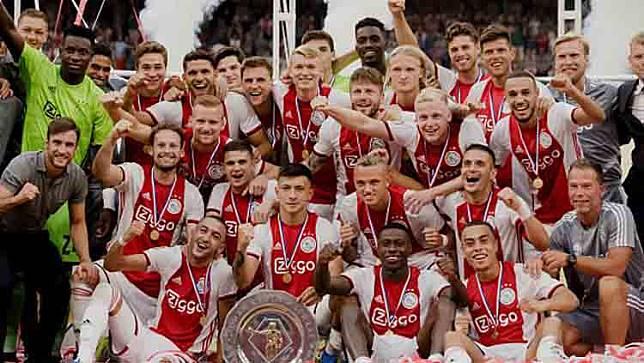 Ironi Ajax Amsterdam Ketika Keuntungan Bisnis Lebih Penting dari Kepuasan Prestasi