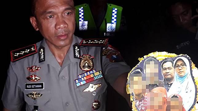 Kapolrestabes Surabaya Kombes Pol Rudi Setiawan menunjukkan foto keluarga Dita Upriyanto terduga pelaku pembom bunuh diri saat penggerebekan rumah terduga teroris di kawasan Wonorejo Asri, Rungkut, Surabaya, 13 Mei 2018. ANTARA/Nanda Andrianta