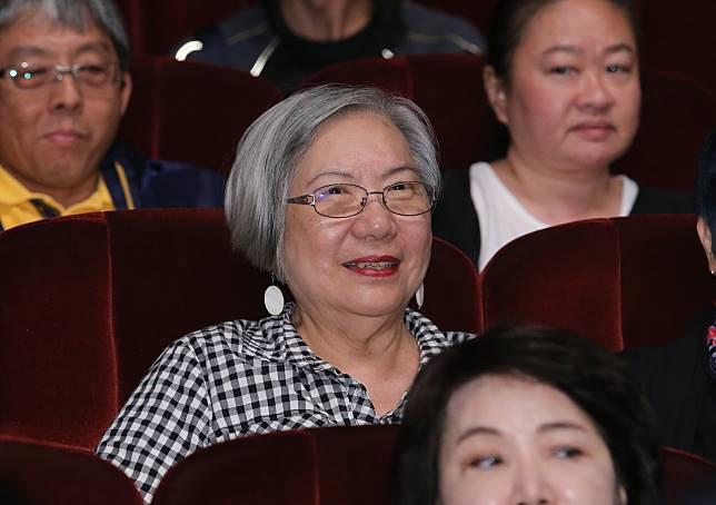 資深音樂人陶曉清特別前來欣賞鄭怡的演出。記者許正宏/攝影