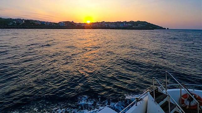 小琉球水上活動推薦-小琉球半潛艇夕陽巡航