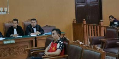 Gatot Brajamusti Akan Jalani Total 20 Tahun Penjara dari 3 Kasus