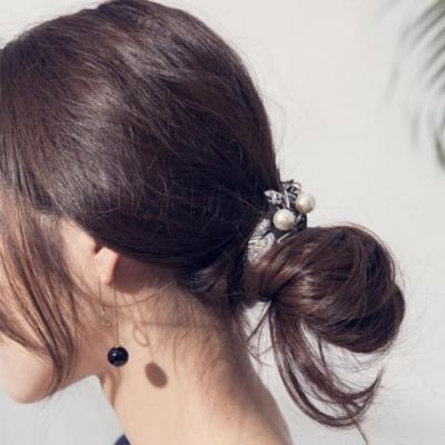 【Hera赫拉】可盤髮印花珍珠吊墜髮圈/髮束-粉色碎花