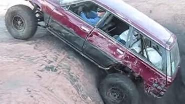 挑戰汽車性能的「絕望之洞」 Subaru 成功稱霸!
