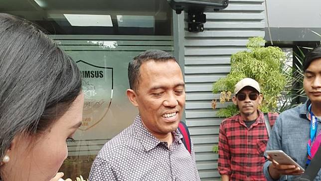 Ketua Bantuan Hukum Front Pembela Islam (FPI), Sugito Atma Pawiro mendatangi Ditreskrimsus Polda Metro Jaya pada Sabtu (25/5/2019).