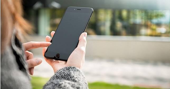 9項使用手機的壞習慣 當心不只短命還可能爆炸