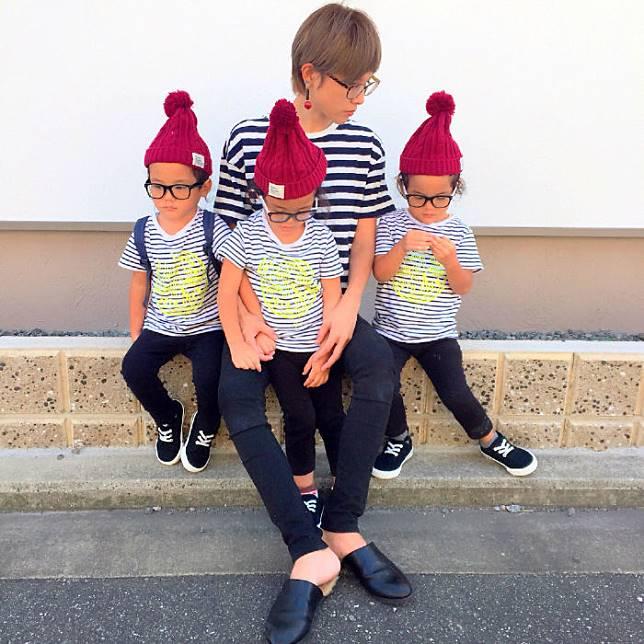 Bersama si kembar tiga yang lucu-lucu. (Foto: copyright instagram.com/sachina212)