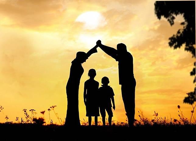 6 Meme Anak Vs Orang Tua Ini Mengharukan Banget Langsung Minta Maaf Ke Orang Tua Deh