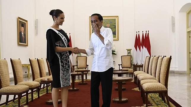 Jokowi Salah Tingkah saat Bersalaman dengan Miss Universe