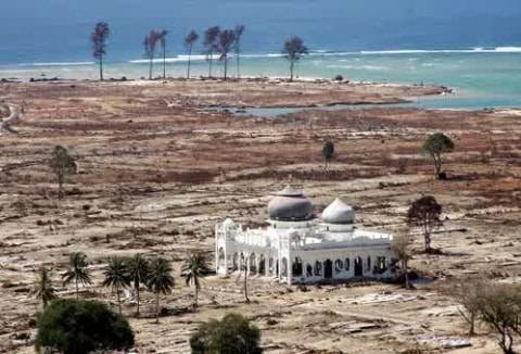 Sandi Singgah ke Masjid Rahmatullah Aceh: Saksi Bisu Tsunami, Jadi Wisata Religi (1)