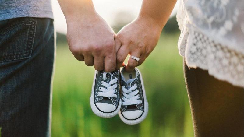 帶寶寶出國也免煩惱,一秒成為時尚父母!超輕便嬰兒手推車推薦