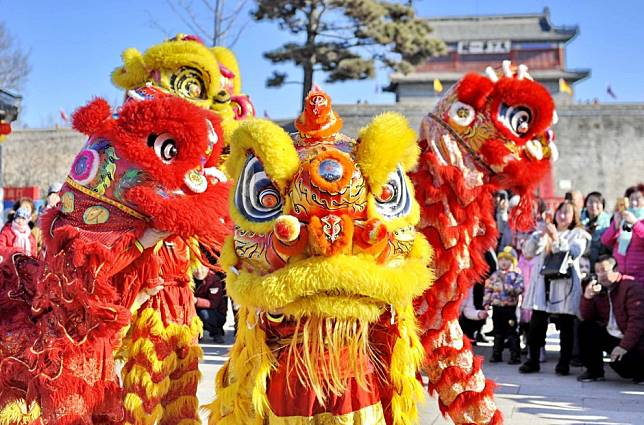 Lunar New Year: Lions aren't native to China, so where did the traditional lion dance come from?