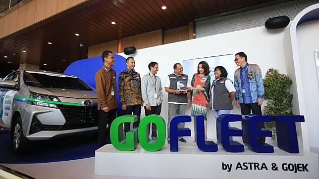 Gandeng Astra, Go-Jek Luncurkan Layanan Angkutan Sewa Khusus GO-FLEET
