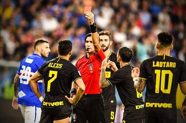 Kartu Merah Alexis Sanchez Warnai Kemenangan 3-1 Inter